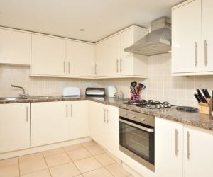 Large kitchen Torquay holiday let