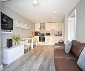 Kithcen/diner/living space