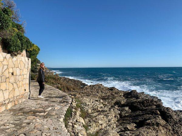 Sea-level strolling